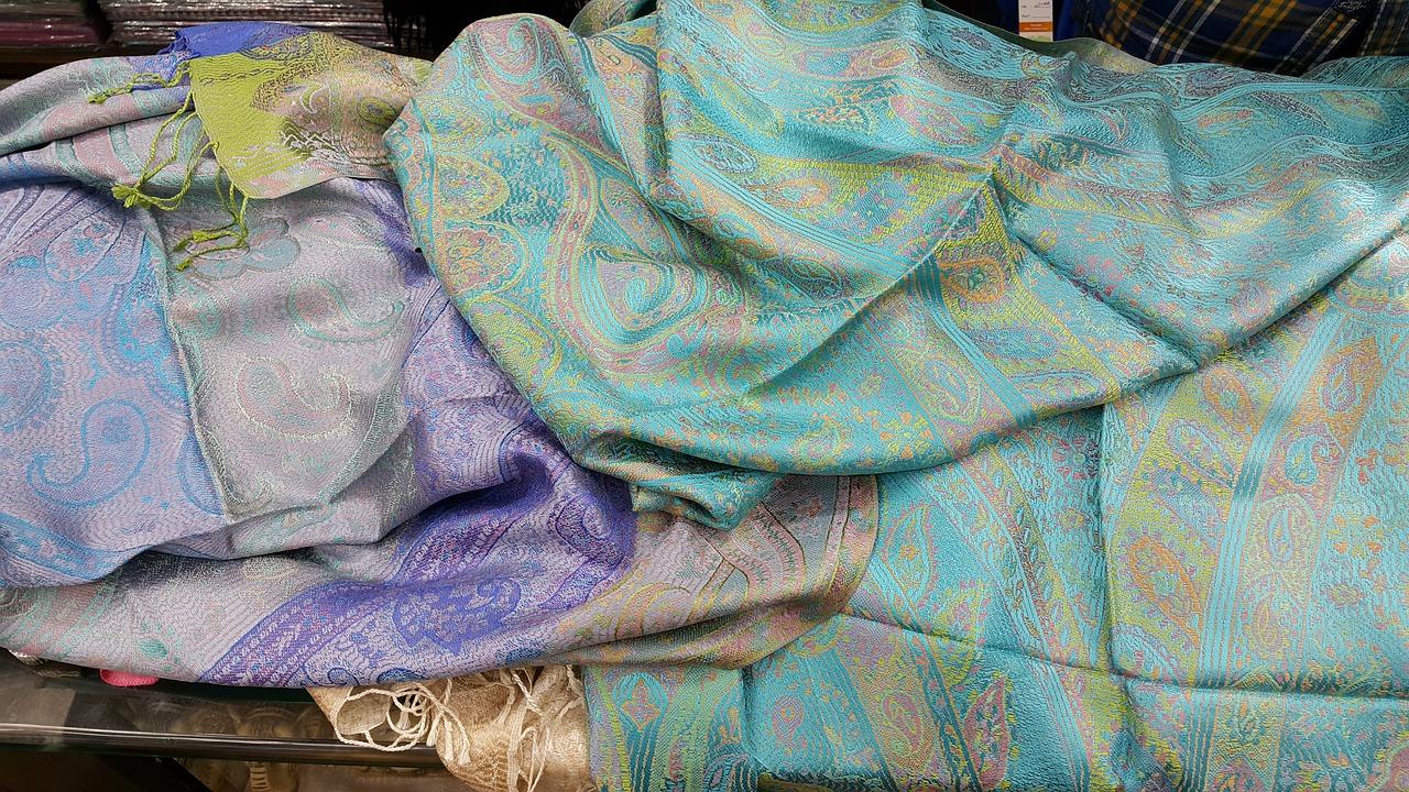 luxury pashmina shawls and stoles